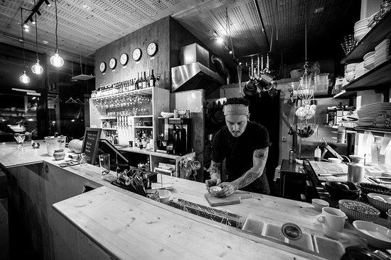 Vaxjo, Sweden: Vi erbjuder street-food inspirerad mat och dryck från olika kontinenter.