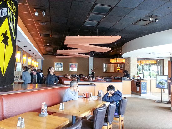 Newark, DE: Dining room