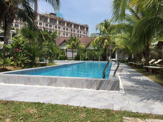 Swimmingpool Picture Of White Lodge Motel Pantai Cenang Tripadvisor