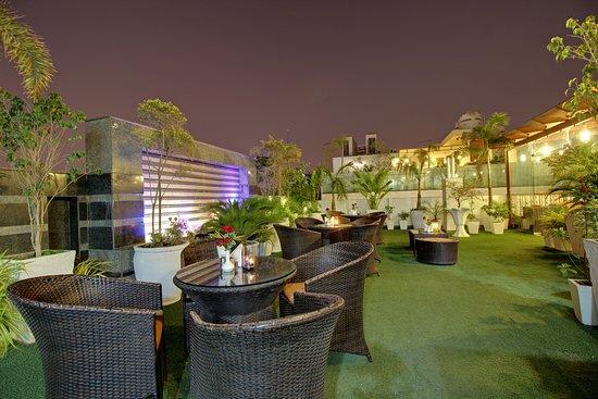 Hotel Swaran Palace: ROOF TOP