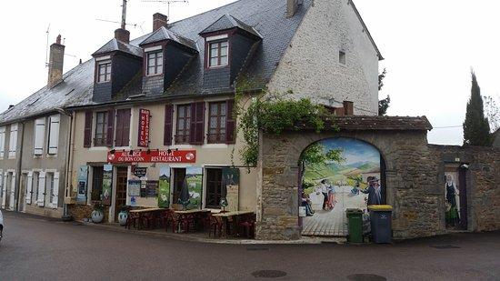Moulins-Engilbert, Francja: Auberge du Bon Coin