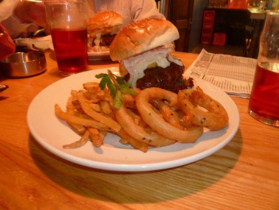 Centurion, South Africa: Pineapple Express burger