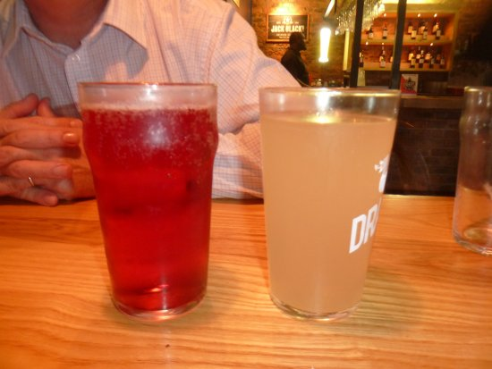 Centurion, South Africa: Dragon brewery fiery ginger beer & Red stone clarens Berry cider