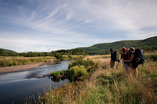 Margaree Forks, แคนาดา: Hiking along the Margaree River