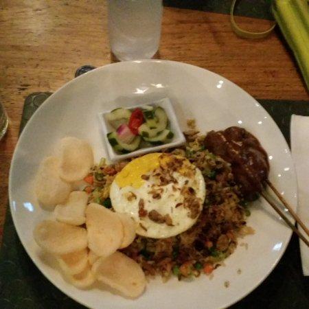 Seaside Restaurant Legian: 20170420_184131_large.jpg
