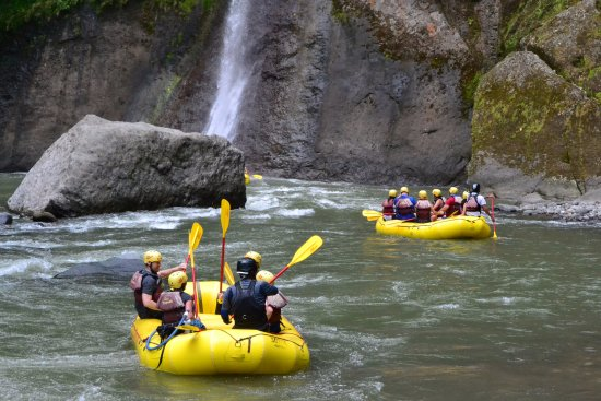 Rios Tropicales: rafting on the Pacuare