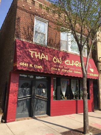 Thai On Clark