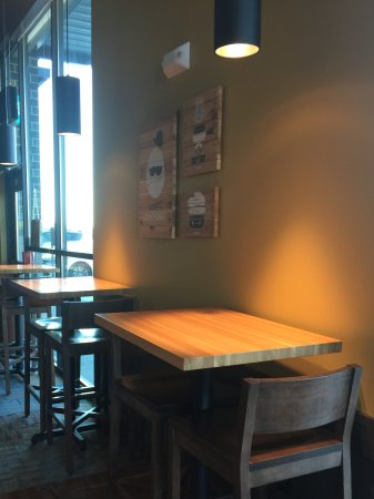 Urbandale, IA: High top tables with chairs