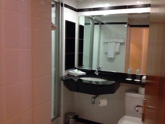O'Callaghan Eliott Hotel: photo1.jpg