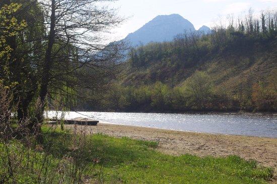 Mercus-Garrabet, França: Lac Mercus. Blog: unachicatrotamundos.com