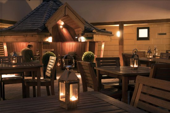 Hotel du Vin & Bistro : Courtyard