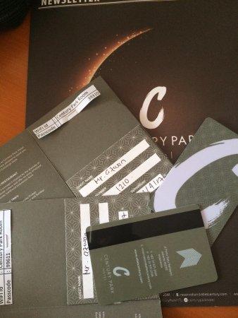 Century Park Hotel: Keycard 1210 & 1208