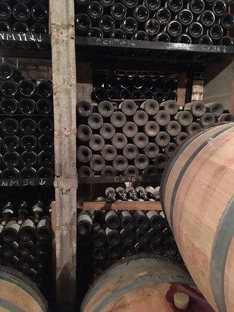 Vosne-Romanee, Francia: Weinkeller