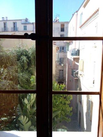 Maison Bonaparte: 6 outside view
