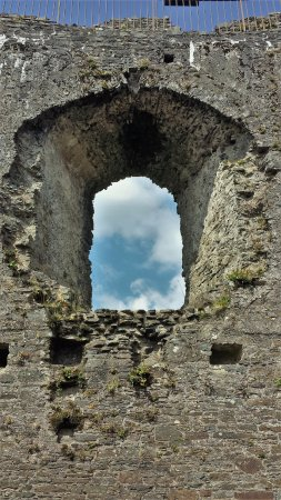 Lostwithiel, UK: Castle window.