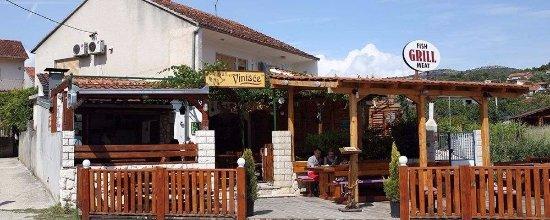 Vinisce, Croacia: VinišćeTavern