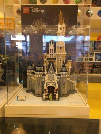 Disney Village: photo5.jpg
