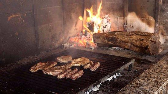 Vinisce, Croacia: Grilled meats