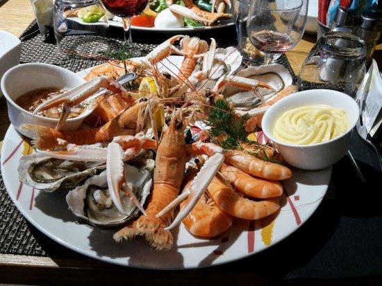 Saint-Lo, France: assiette de fruit de mer