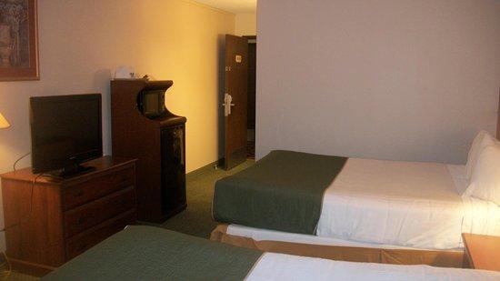 Days Inn & Suites by Wyndham Mt Pleasant Picture
