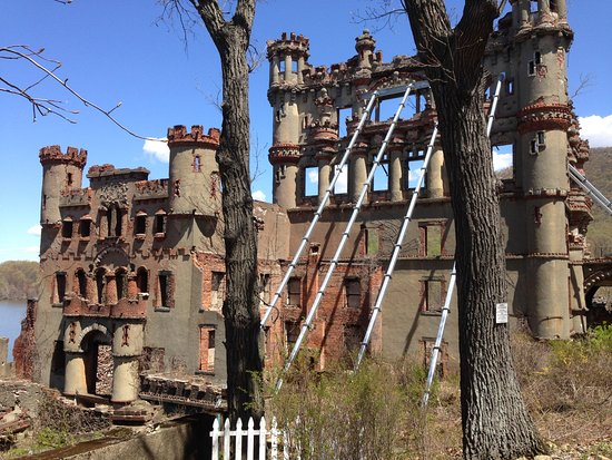 Cold Spring, NY: structural degradation