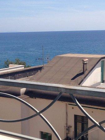 Residence Hotel Panoramic: La tanto decantata vista mare.
