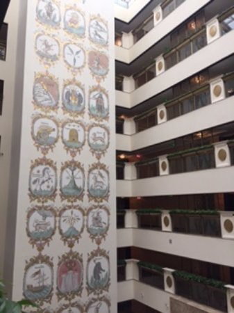 Lotte Hotel Moscow: The atrium mural