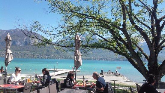 Sevrier, Frankrijk: Vue sur le Lac