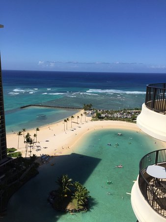 Grand Waikikian by Hilton Grand Vacations: photo1.jpg