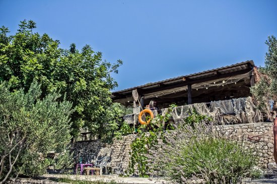 Okrug Gornji, Kroatien: Our grill house in Duga