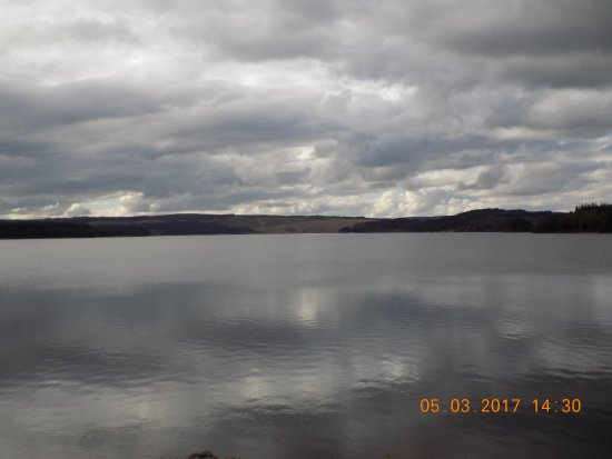 Kielder, UK: View of the lake and you can walk as slow or as fast as you want to