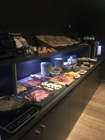 Hotel Pulitzer: buffet petit dej