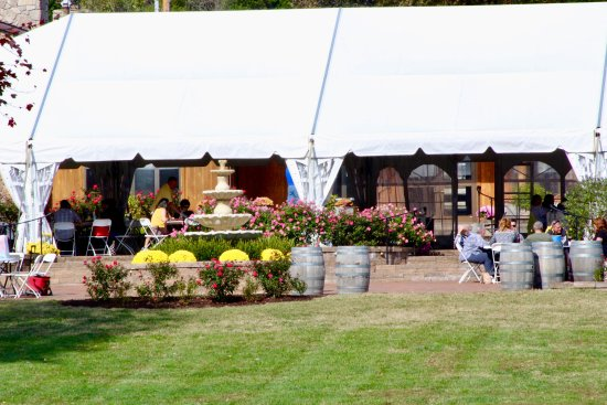 Hillsboro, MO: The Wedding Tent