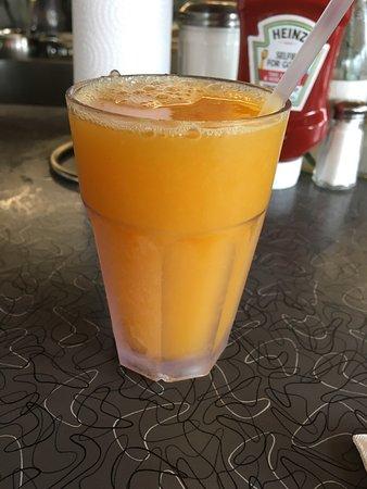 East Elmhurst, NY: freshly squeezed orange juice