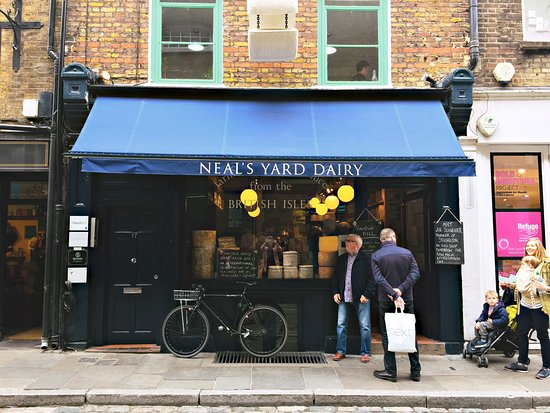 ‪Neal's Yard Dairy - Covent Garden‬