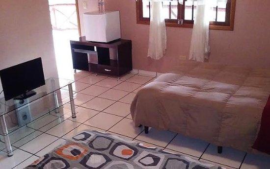 Marcala, Honduras: Interior de habitación sencilla.