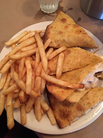 Plainville, CT: quesadilla