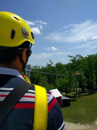 Archdale, Carolina del Nord: Starting with a beginners zip line