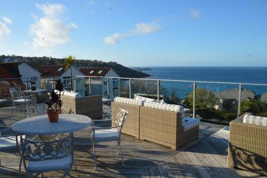 Boskerris Hotel: The wonderful terrace with fabulous views