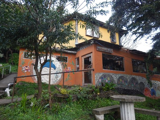 Casa Tranquilo Hostel: In yellow: the dorm, which is apart from the rest of the hostel. In orange: the restaurant