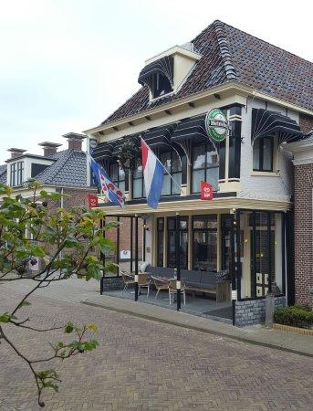 Holwerd, Nederland: De Gouden Klok