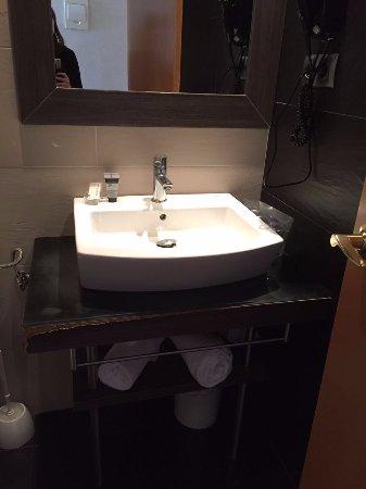Hotel Oasis: Lavandino