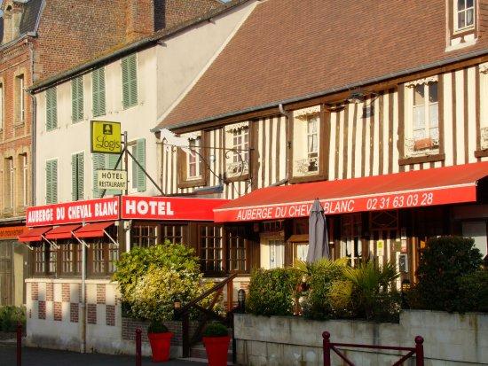 Crevecoeur-en-Auge, ฝรั่งเศส: entrée