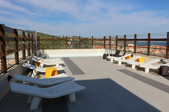 Port-Vendres, Frankrijk: Terrasse, piscine