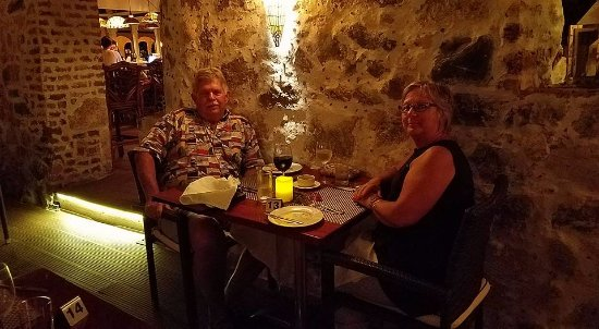 Sugar Mill Hotel: We have had the best BVI dinners right here!