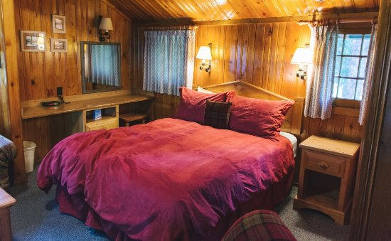 Alpine Village Cabin Resort - Jasper