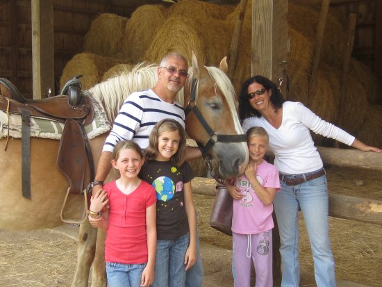 Cullowhee, NC: Horse Stables - Family after horse ride