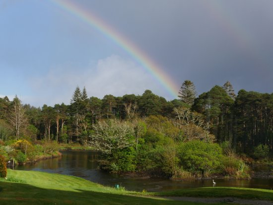 Ballynahinch Castle Hotel: double rainbow on the Owenmore river