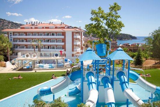 hotel garbi park lloret de mar espagne voir les tarifs 77 avis et 191 photos. Black Bedroom Furniture Sets. Home Design Ideas