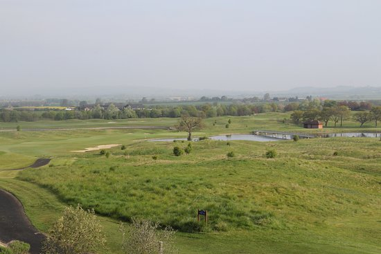 Milton Common, UK: View of Golf Course from hotel